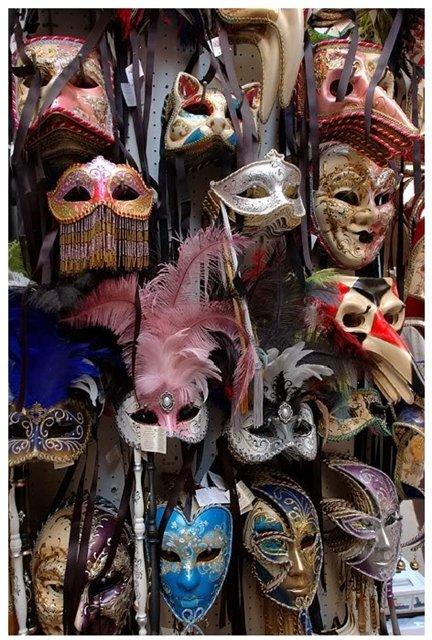 Венецианские маски 640dc5b9a272