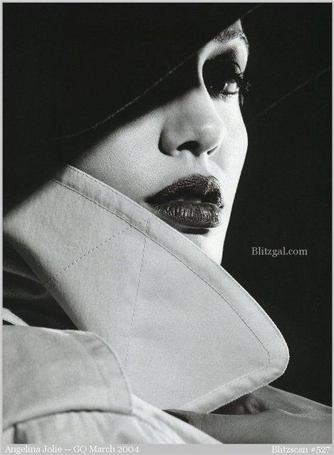 Анжелина Джоли / Angelina Jolie - Страница 2 31f8c3c6d36f
