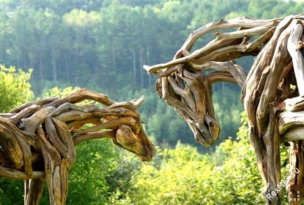 Потрясающие деревянные лошади 68480b072340