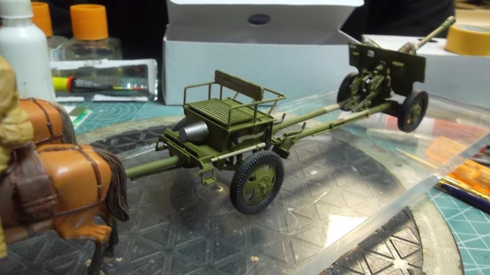 Советский артиллерийский передок 52-Р-353M, 1/35, (ICM 35481). - Страница 2 7dbf85b46cd6