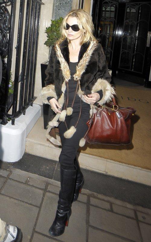 Kate Moss - Страница 2 79ea4dc7f151