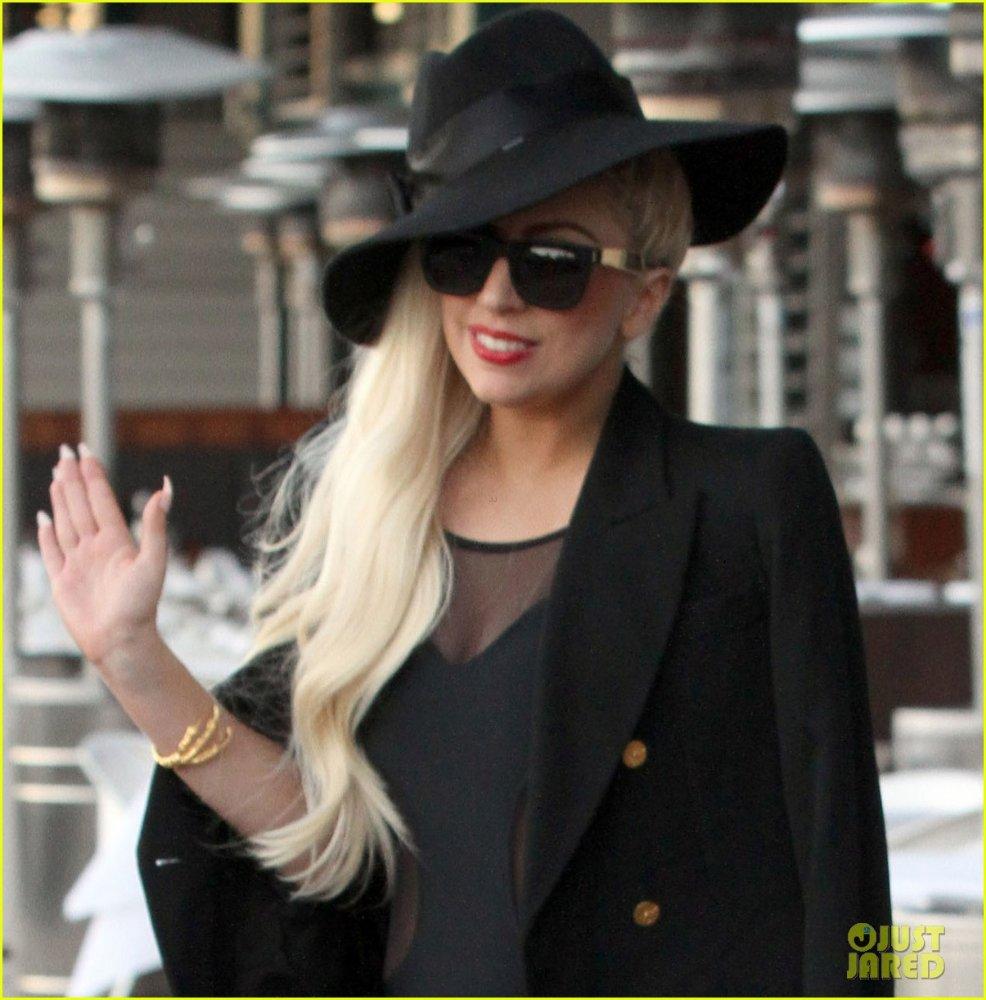 Lady GaGa  - Страница 3 49f7fbc51a18