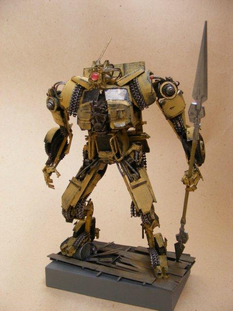 Робот трансформер(не трансформирующийся правда :) ) Ec3ab3d13147