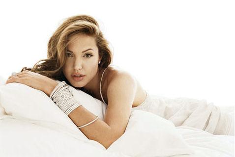 Анжелина Джоли / Angelina Jolie - Страница 2 09ae19979ec2