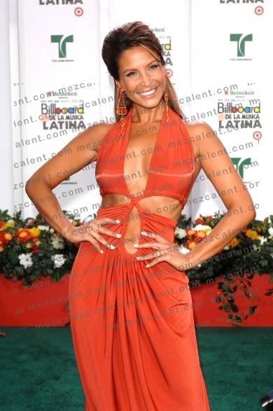 Лорена Рохас/Lorena Rojas 5c1e8303496f