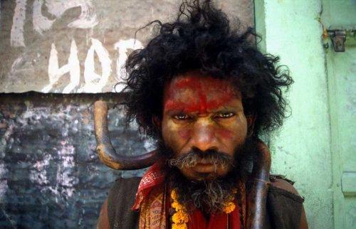 Я - Бог / Naan Kadavul / 2009 - Страница 2 5ef83b8735a5