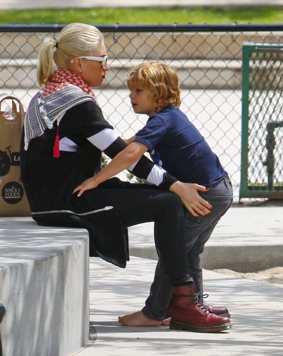 Gwen Stefanie - Страница 2 Fe1cd308d801