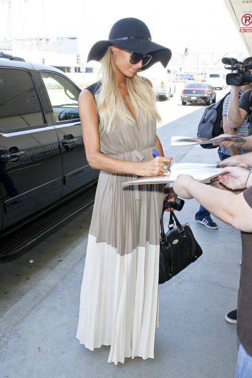 Пэрис Хилтон/Paris Hilton - Страница 4 7666355cb633