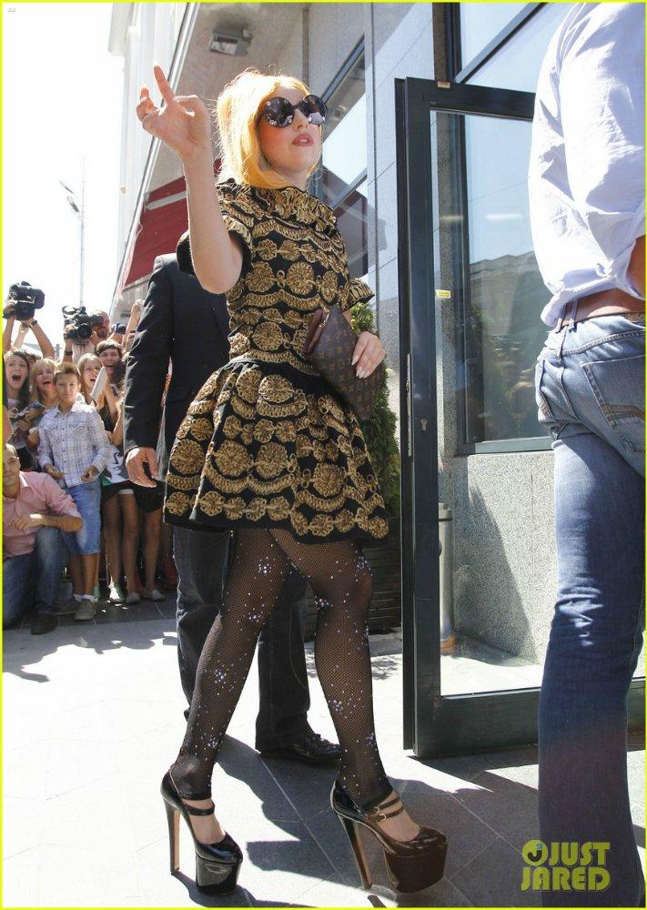 Lady GaGa  - Страница 4 4a3a538388e7