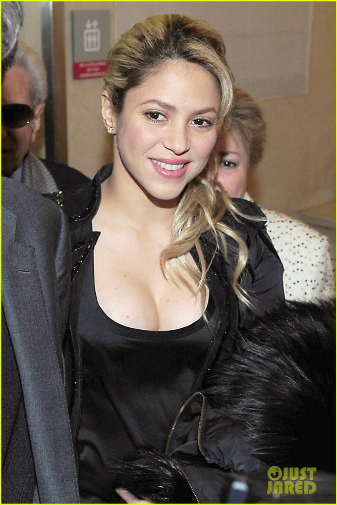 Shakira / Шакира - Страница 3 04cddac7b18b