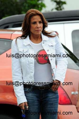 Лорена Рохас/Lorena Rojas 4b0252bf8b0a