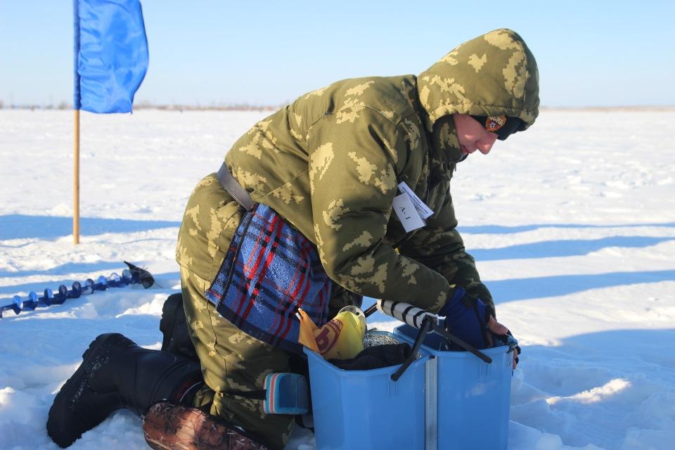 Первенство города Кургана по ловле на мормышку со льда среди юношей и девушек с 14 до 17 лет. 70599bfbae72