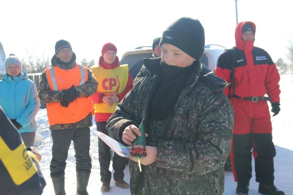 Первенство города Кургана по ловле на мормышку со льда среди юношей и девушек с 14 до 17 лет. 27e3e5fdaad8