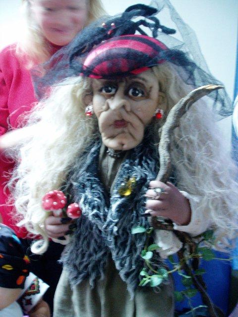 Выставка кукол в Запорожье 7e2c4d59c27e