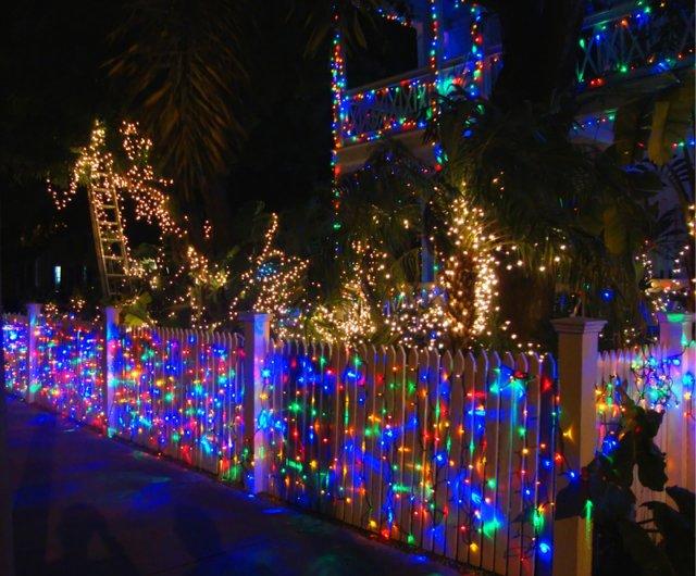 Новогоднее настроение и Поздравлялка с 2012)) 4e75824c1a42