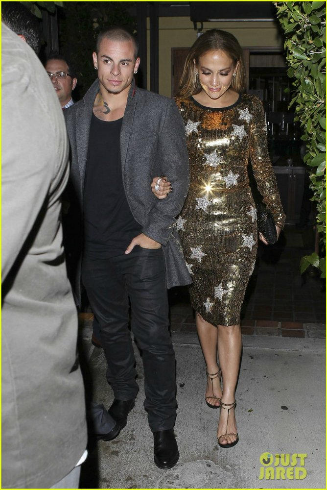 Дженнифер Лопес/ Jennifer Lopez - Страница 4 858cc1849ec3