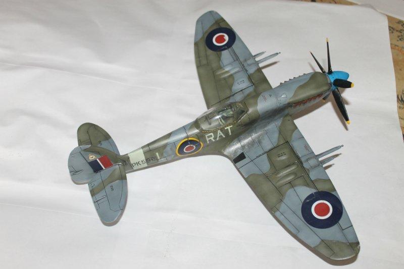 Supermarine Spitfire Mk. 22 Revell. 1/32 6c4154aab329