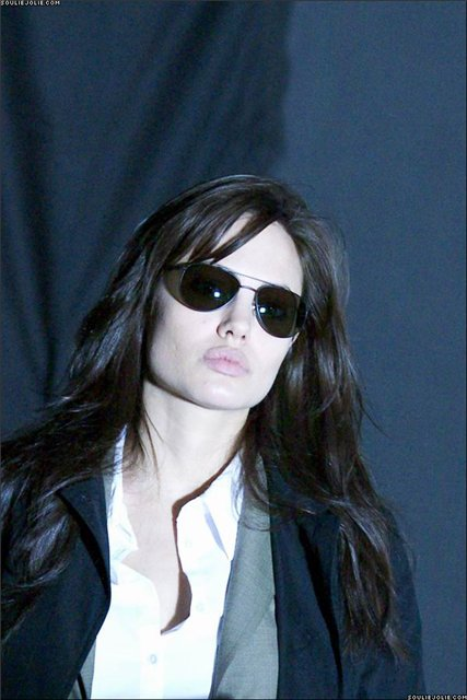 Анжелина Джоли / Angelina Jolie - Страница 2 Beaa2cd870cc