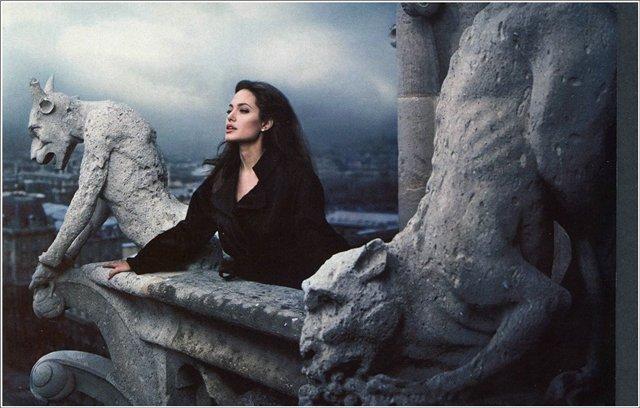 Анжелина Джоли / Angelina Jolie - Страница 2 C9d2d16c930c