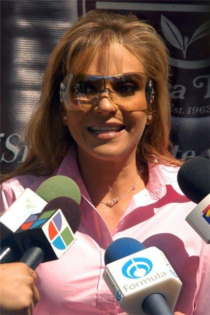 Даниэла Кастро / Daniela Castro - Страница 5 576d991510b2