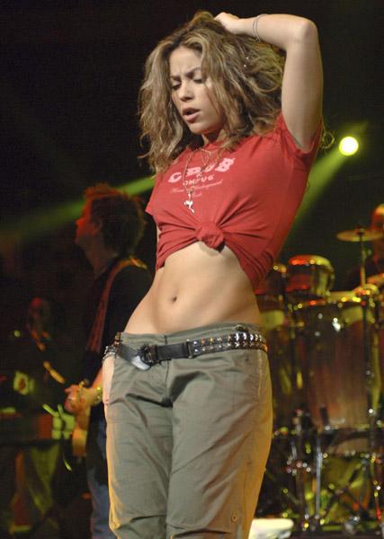 Shakira 6c3c92de00e6