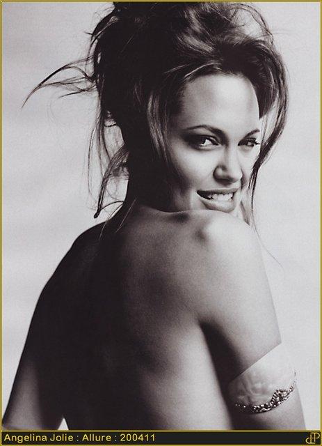Анжелина Джоли / Angelina Jolie - Страница 2 3faa8289987d