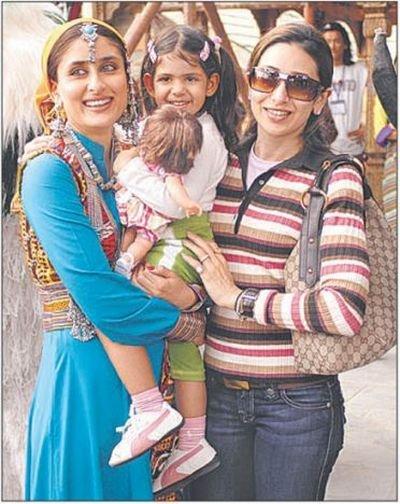 Karina and Karishma Kapoor 13c24345efc7