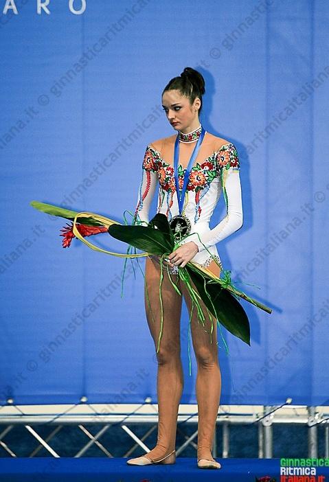 Anna Bessonova - Page 38 3b27cbb4ee60