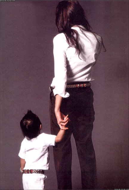 Анжелина Джоли / Angelina Jolie - Страница 2 E033c7e1befd
