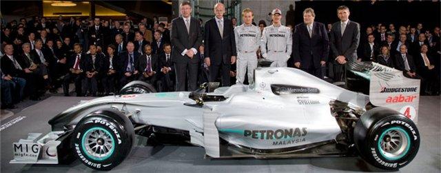 Mercedes GP C82d2c74fc3e