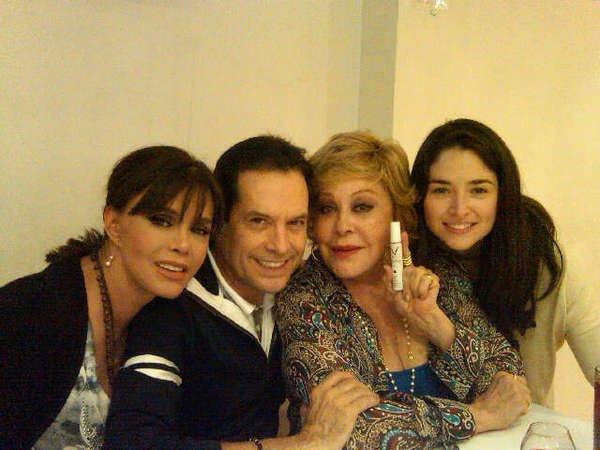 Лусия Мендес/Lucia Mendez 4 - Страница 16 B558593221dd