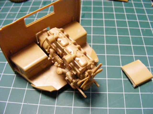 Робот трансформер(не трансформирующийся правда :) ) Ef3b38ad2efc