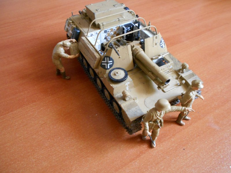 Немецкое 150-мм самоходное орудие Штурмпанцер II 1/35 (Арк модел) Fcb8266c25e0