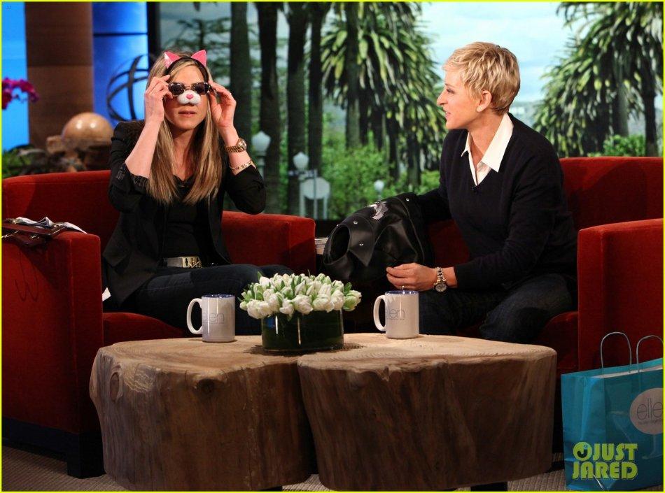 Jennifer Aniston - Страница 6 8d3c4ac753d9