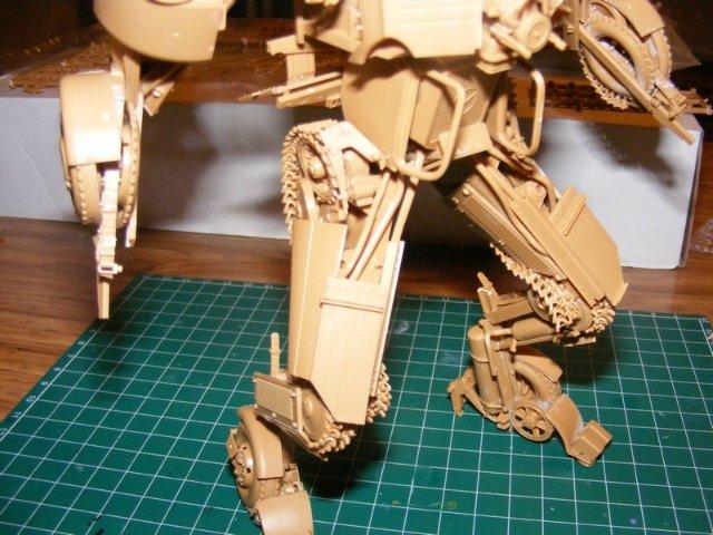 Робот трансформер(не трансформирующийся правда :) ) 4b6f87ff2811