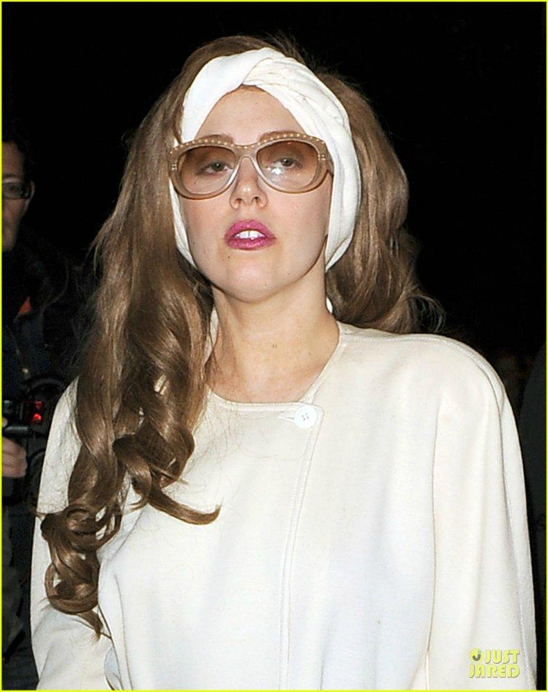 Lady GaGa  - Страница 5 E7ce5d48edf9