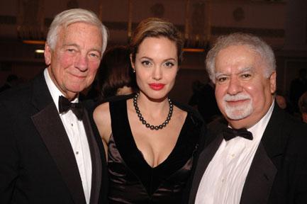 Анжелина Джоли / Angelina Jolie - Страница 2 5a4c9cf4fcba
