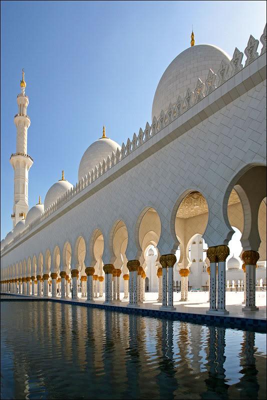 Sheikh Zayed Grand Mosque, Abu-Dhabi  - Page 5 8f8edda5b02e