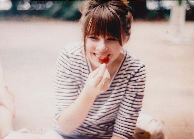 ♥ادخل للمنتدى مبتسم Smile اتاكد راح ترتاح وانت هنا♥♥ ضع بصمتك مبتسم ♥♥ - صفحة 2 Cute-girl-happy-pretty-smile-Favim.com-469144