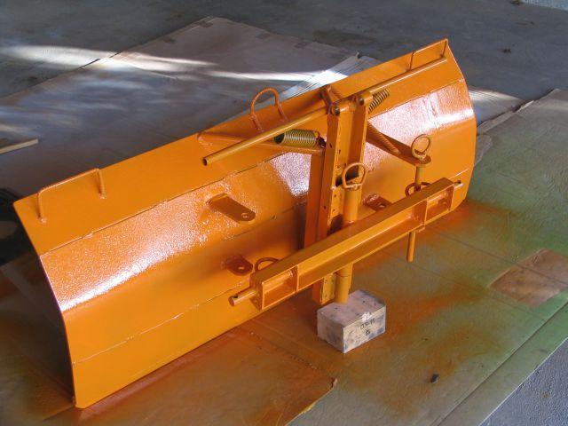 Komunalna oprema za traktore - Page 3 22076055