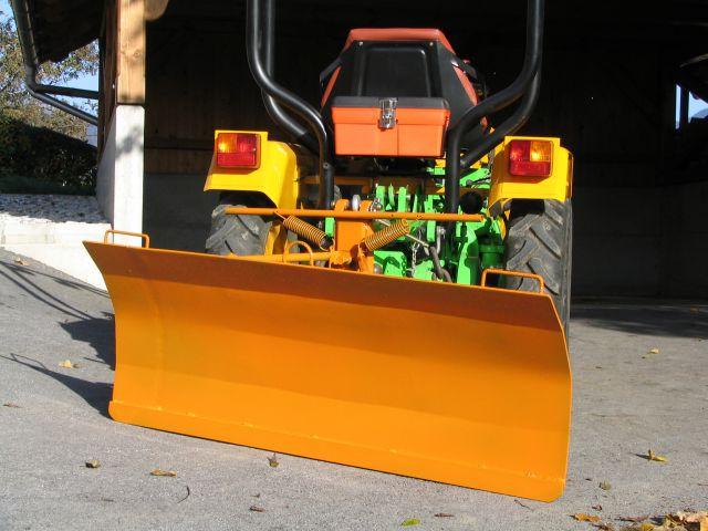 Komunalna oprema za traktore - Page 3 22076057