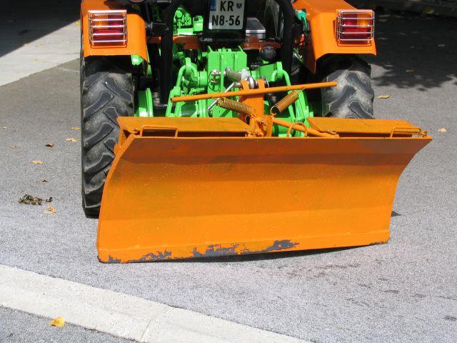 Komunalna oprema za traktore - Page 3 18455396