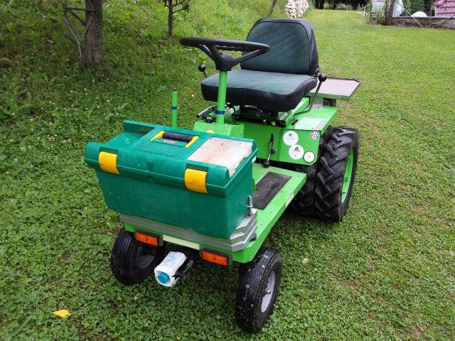 Komunalna oprema za traktore - Page 2 21798343