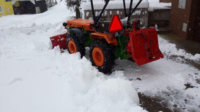 Komunalna oprema za traktore - Page 5 22230253