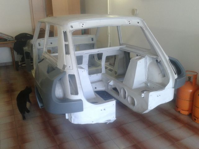 Renault 5 Maxi Turbo creation - Page 2 20553580