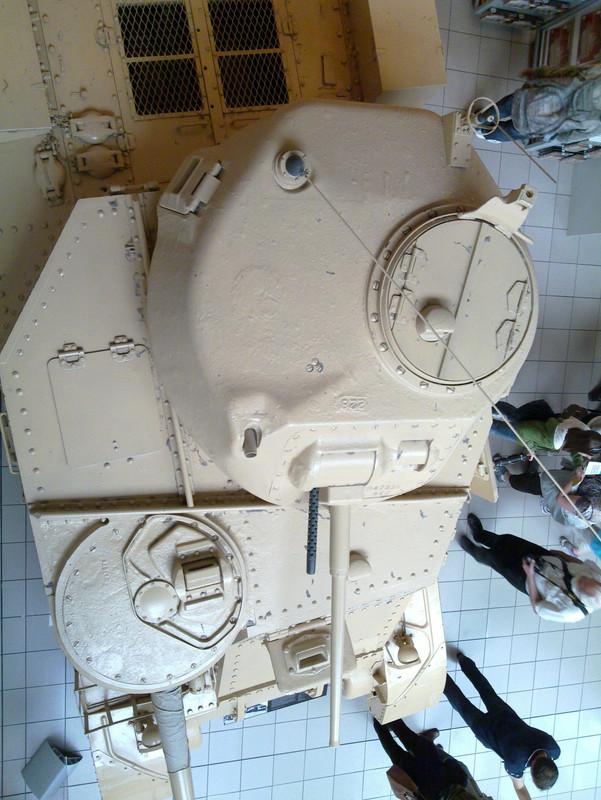 Slike: Imperial War Museum v Londonu (POZOR: VELIKE SLIKE) M3_A3_Grant_tank_Montys_Tank_4