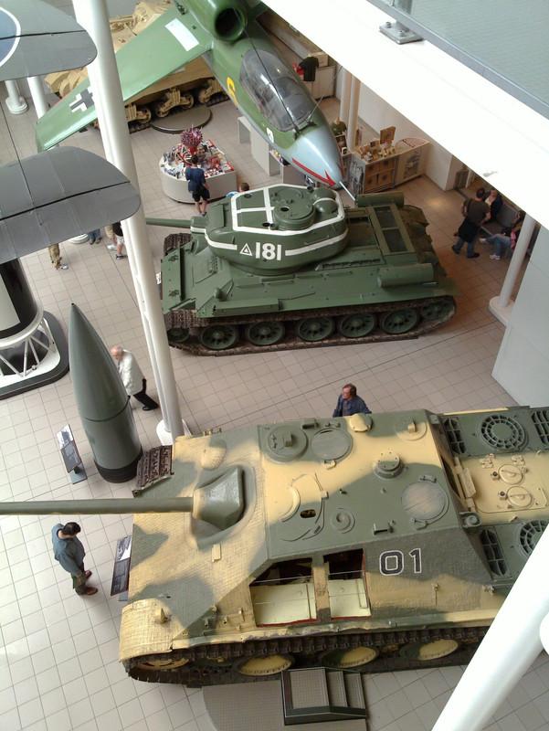 Slike: Imperial War Museum v Londonu (POZOR: VELIKE SLIKE) T_34_85_z_Jagd_Panther_5