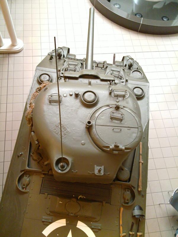 Slike: Imperial War Museum v Londonu (POZOR: VELIKE SLIKE) M4_A4_Sherman_V_tank_9