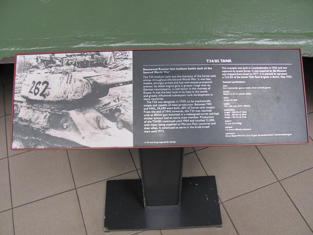 Slike: Imperial War Museum v Londonu (POZOR: VELIKE SLIKE) T_34_85_tank_0_PIS