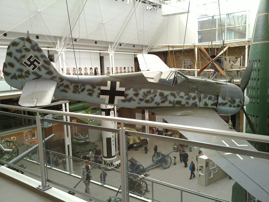 Slike: Imperial War Museum v Londonu (POZOR: VELIKE SLIKE) German_Focke_Wulf_Fw_190_5